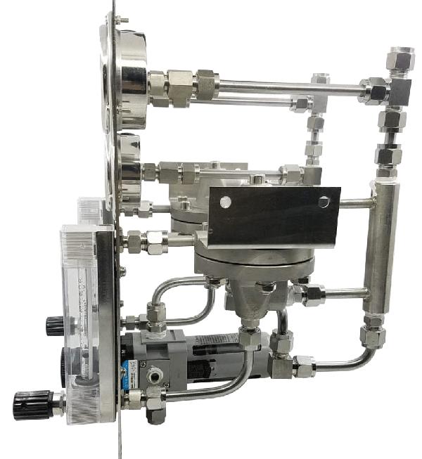 吹气式液位计吹扫装置(双路)侧面